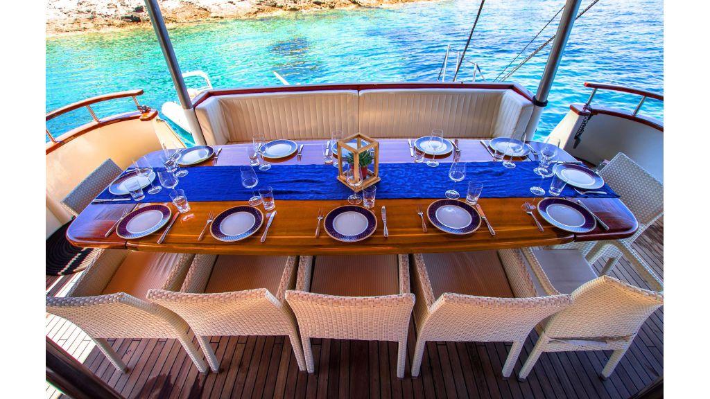 Korab Motoryacht Charter Croatia (19)
