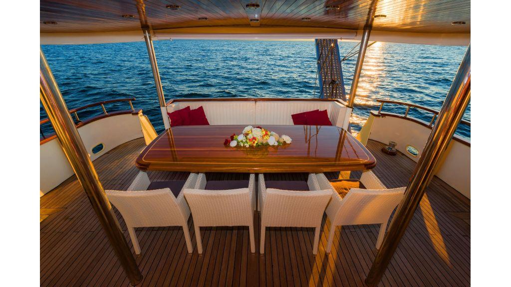 Korab Motoryacht Charter Croatia (21)