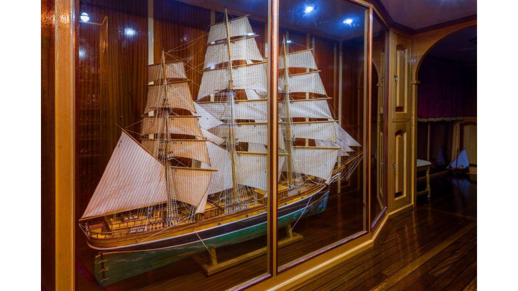Korab Motoryacht Charter Croatia (28)