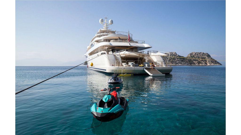 O'Ptasia Mega Yacht (10)