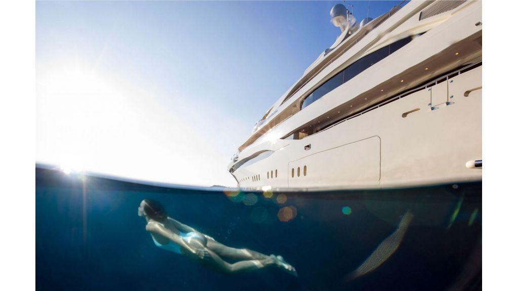 O'Ptasia Mega Yacht (108)