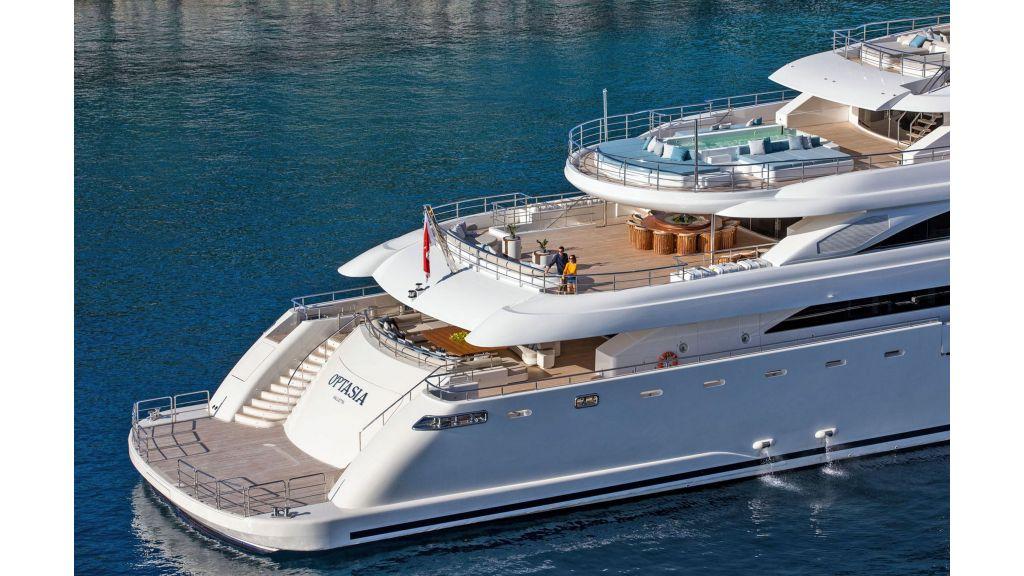 O'Ptasia Mega Yacht (115)