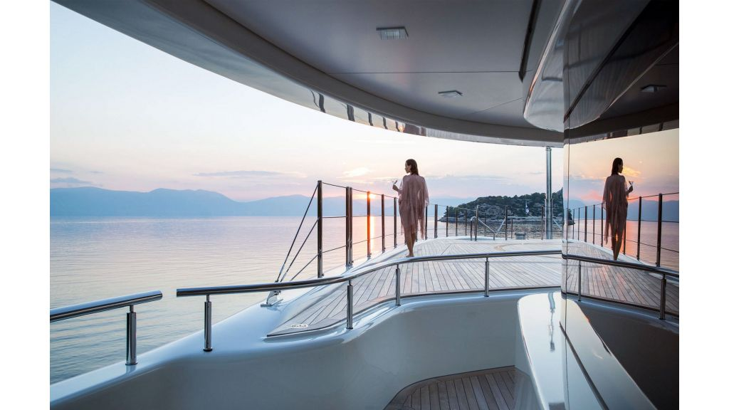 O'Ptasia Mega Yacht (12)
