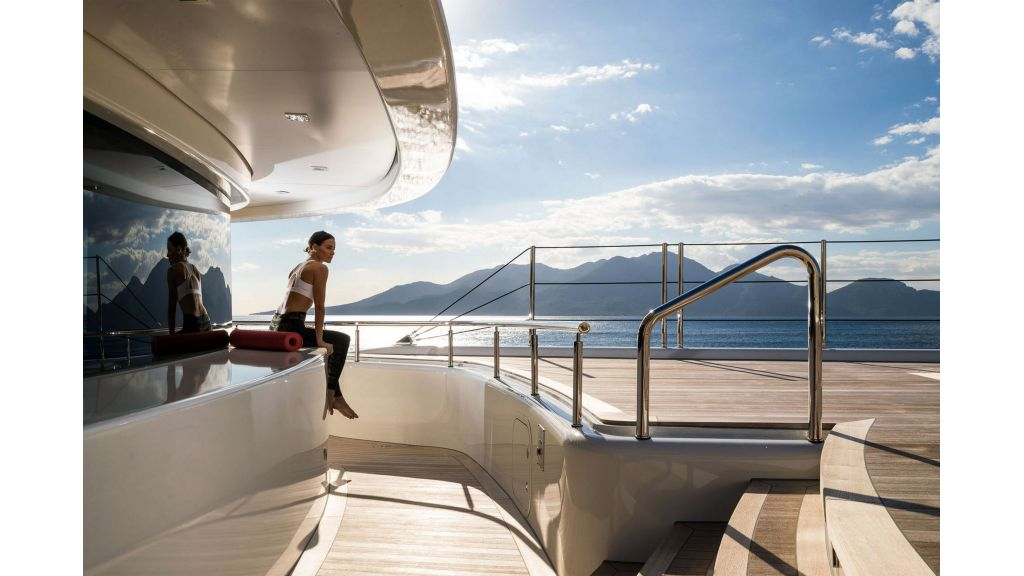 O'Ptasia Mega Yacht (16)