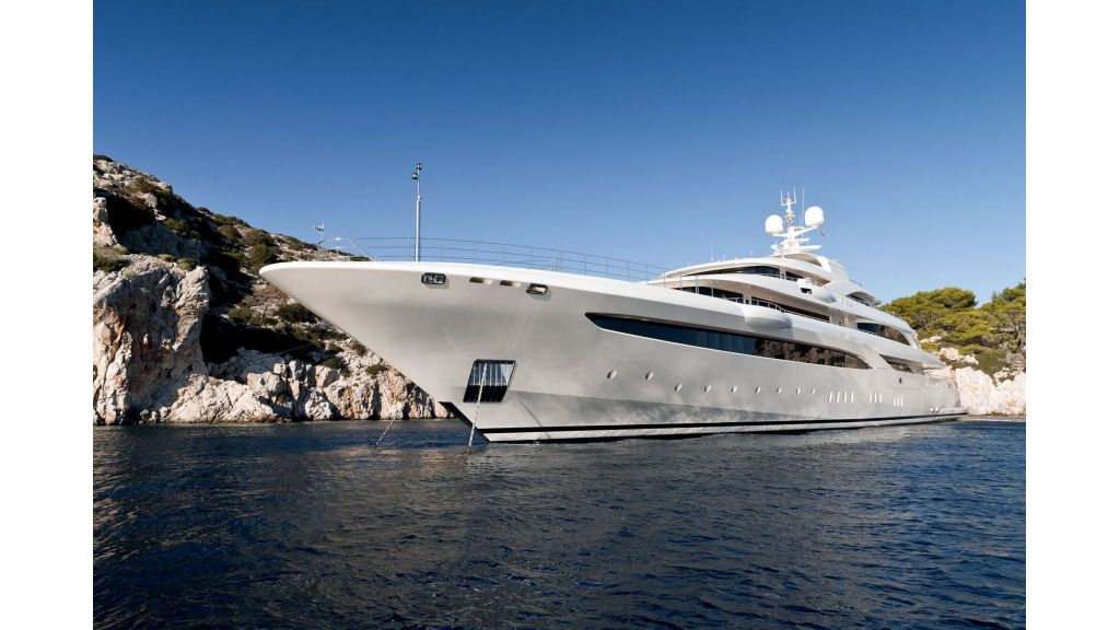 O'Ptasia Mega Yacht (18)