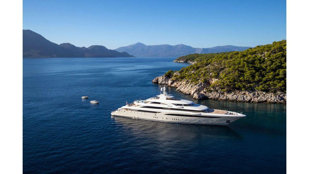 O'Ptasia Mega Yacht (27)