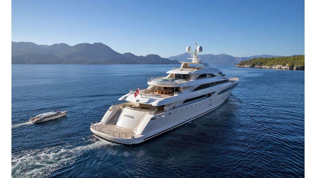 O'Ptasia Mega Yacht (33)