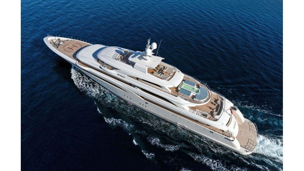 O'Ptasia Mega Yacht (35)