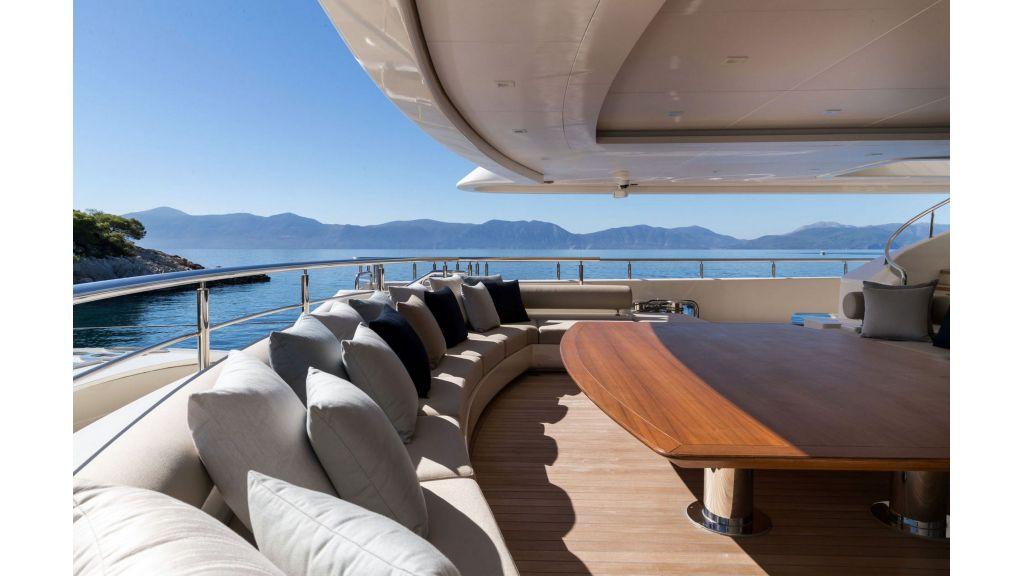 O'Ptasia Mega Yacht (38)