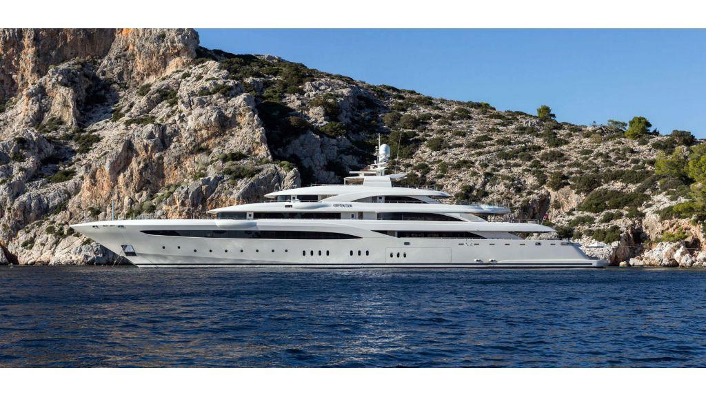 O'Ptasia Mega Yacht (56)
