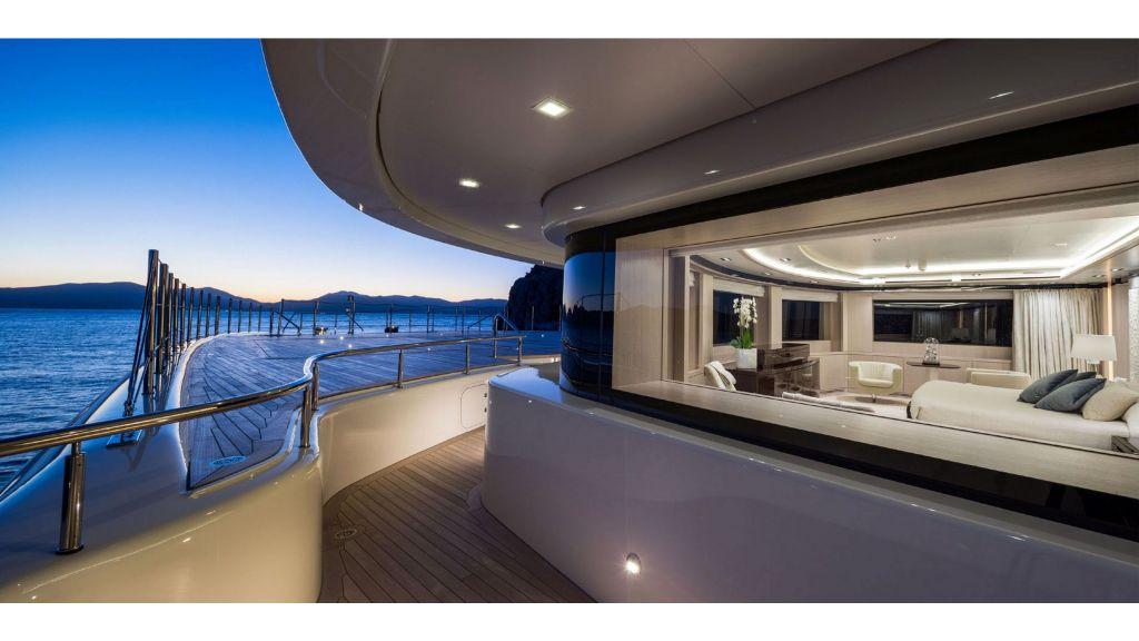 O'Ptasia Mega Yacht (70)