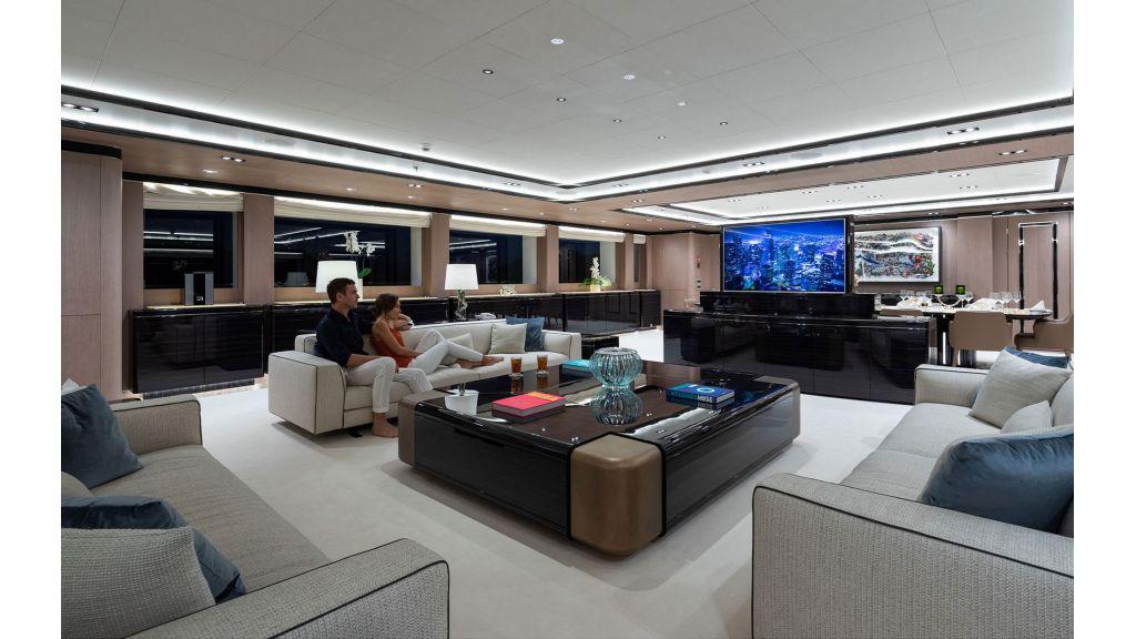 O'Ptasia Mega Yacht master..