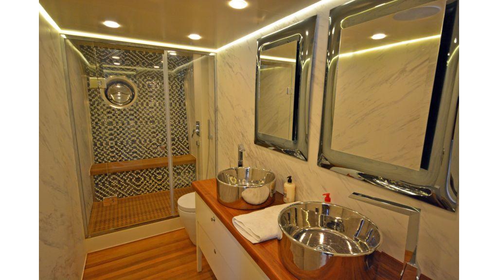 Richa 82 Motor Yacht (24)