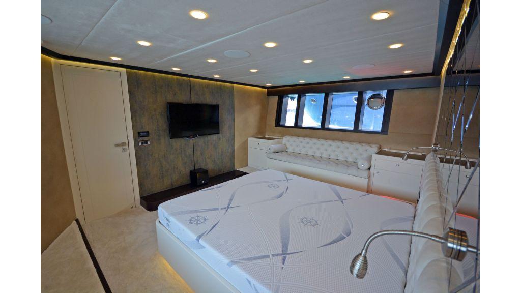 Richa 82 Motor Yacht (28)