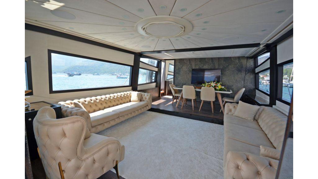 Richa 82 Motor Yacht (6)