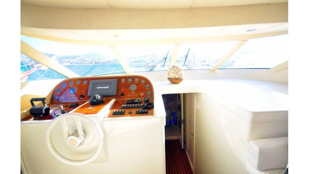 Zeus Motoryacht (14)
