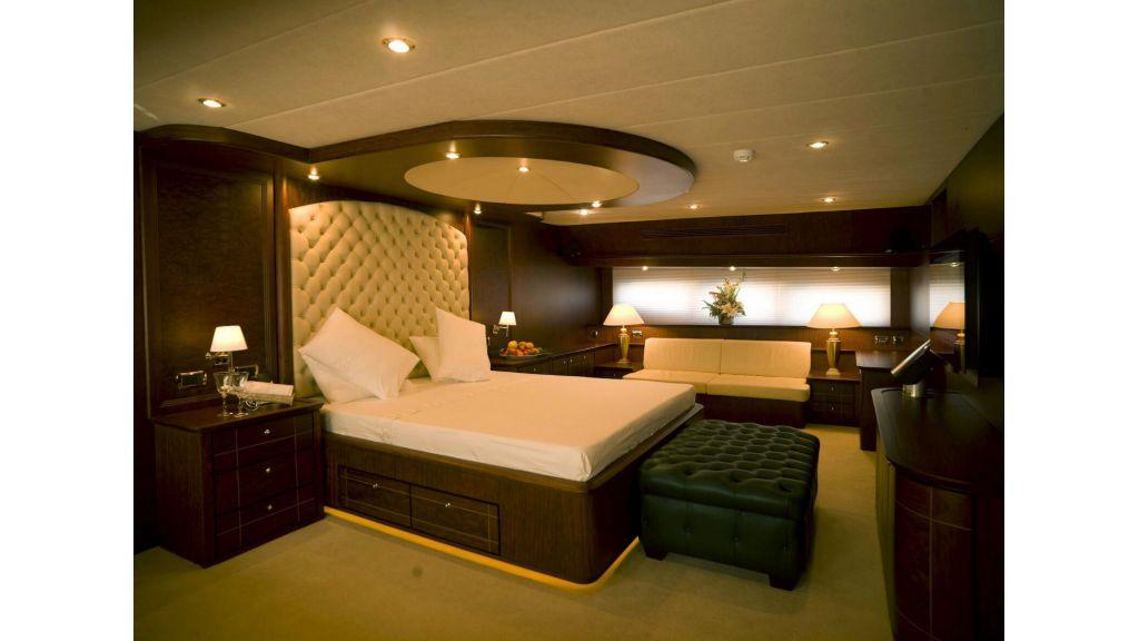 35m Custom Motoryacht (12)