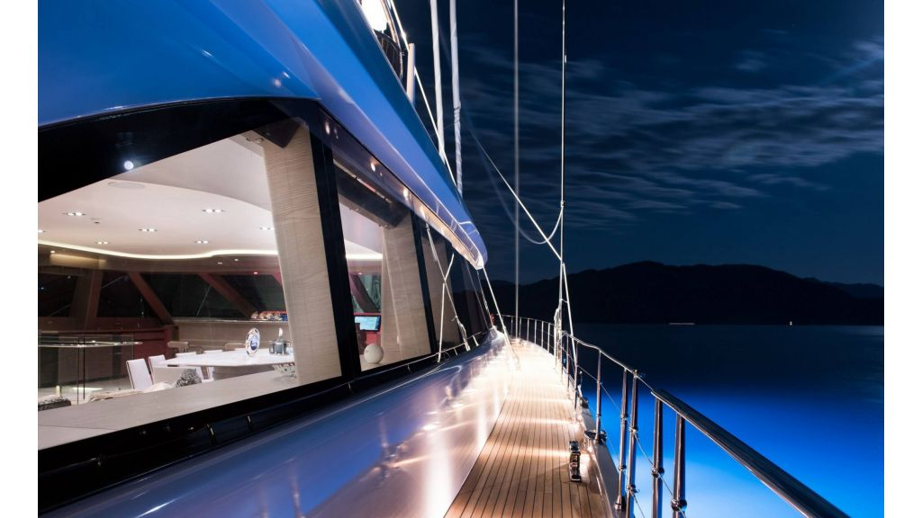 All About U 2 Sailing Yacht (15)