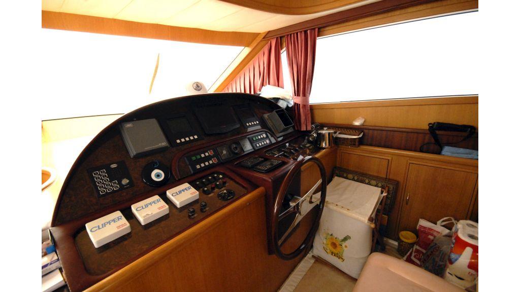 Custom Built 27m Motoryacht (10)