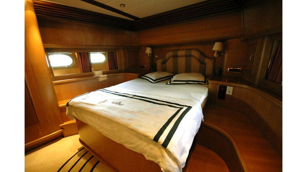Custom Built 27m Motoryacht (12)