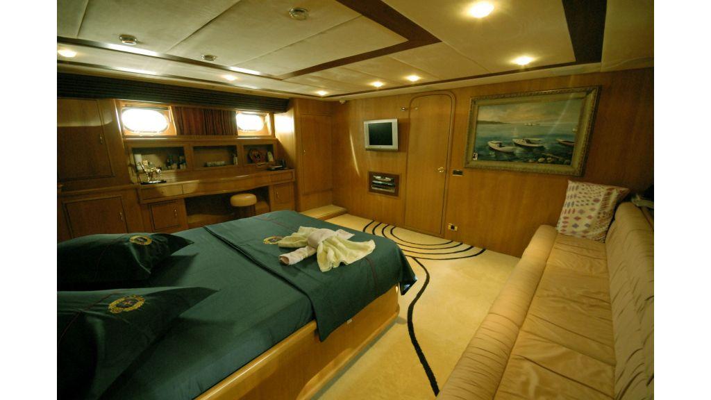 Custom Built 27m Motoryacht (22)