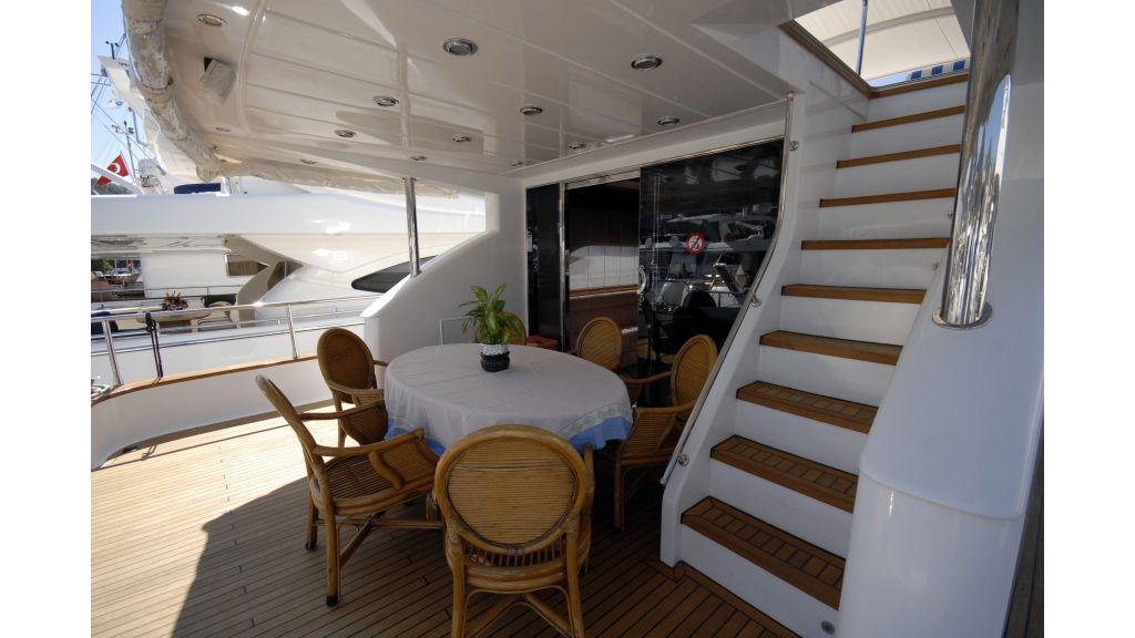 Custom Built 27m Motoryacht (3)