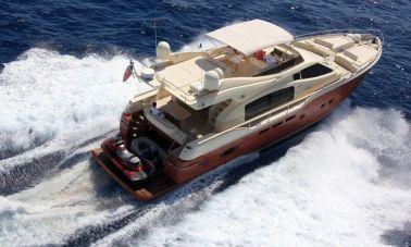 Ferretti Altura-690-Motor Yacht (4)