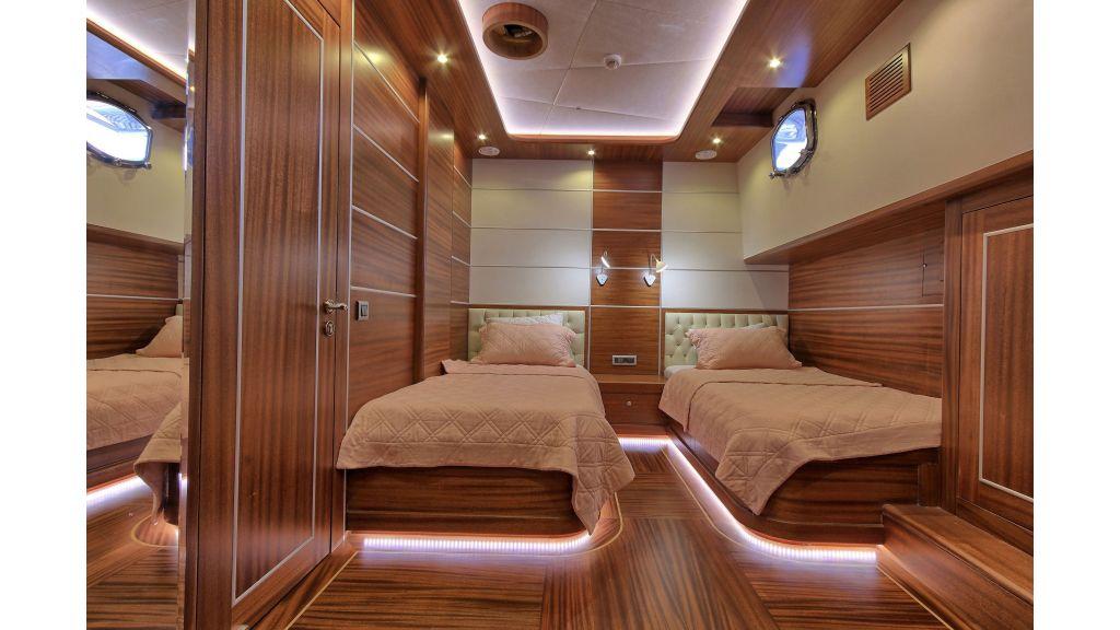 Istanbul Built Sailing Yacht (10)