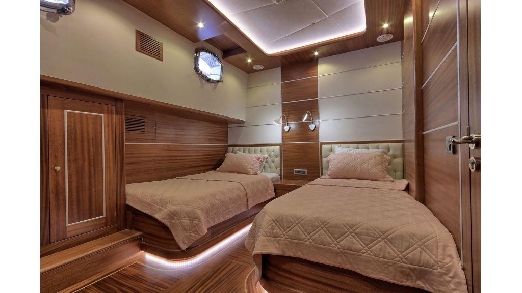 Istanbul Built Sailing Yacht (12)