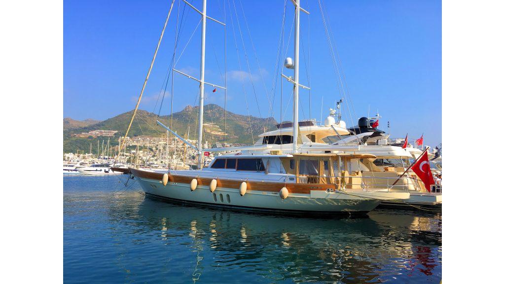 Istanbul Built Sailing Yacht (12) - master