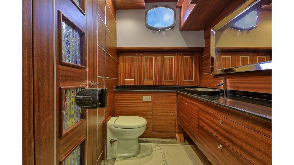 Istanbul Built Sailing Yacht (23)