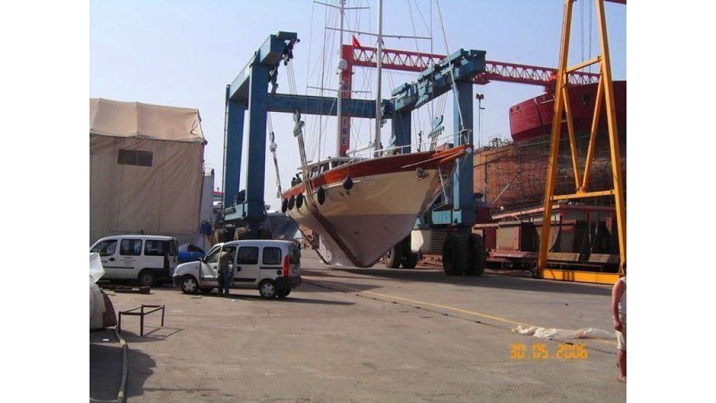 Istanbul Built Sailing Yacht (31)
