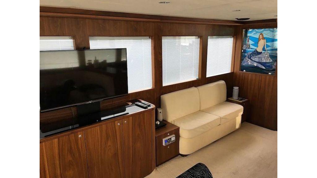 Pilothouse Trawler Motor Yacht (24)