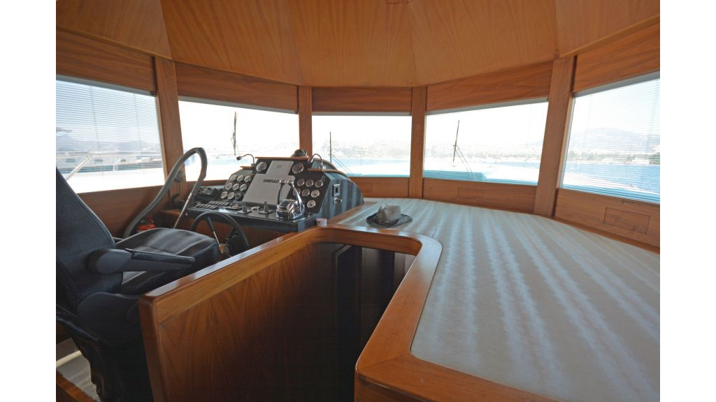Pilothouse Trawler Motoryacht (1)