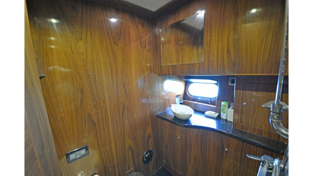 Pilothouse Trawler Motoryacht (10)