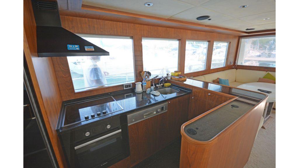 Pilothouse Trawler Motoryacht (16)