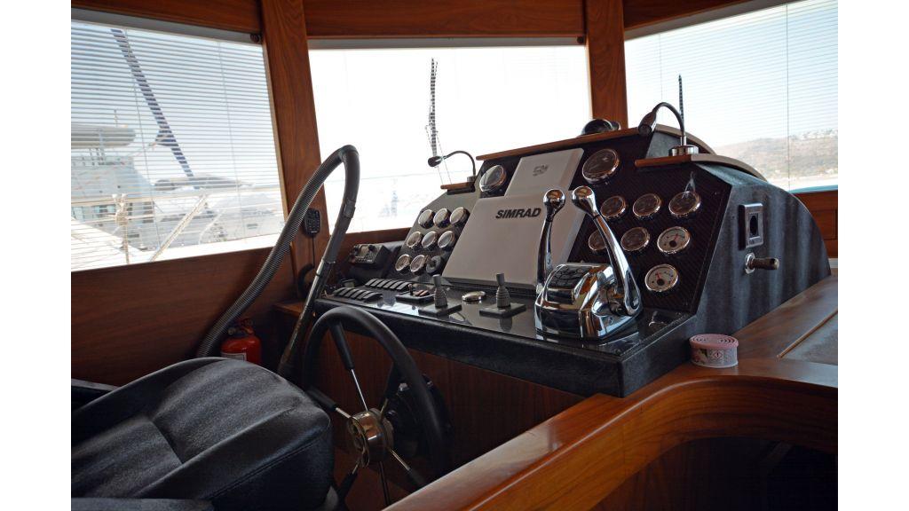 Pilothouse Trawler Motoryacht (19)