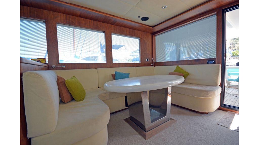 Pilothouse Trawler Motoryacht (20)