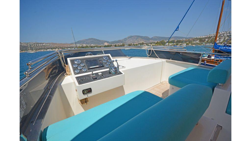 Pilothouse Trawler Motoryacht (32)
