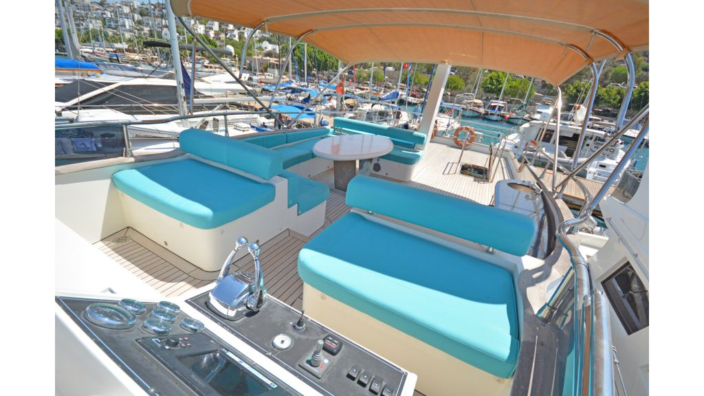 Pilothouse Trawler Motoryacht (35)