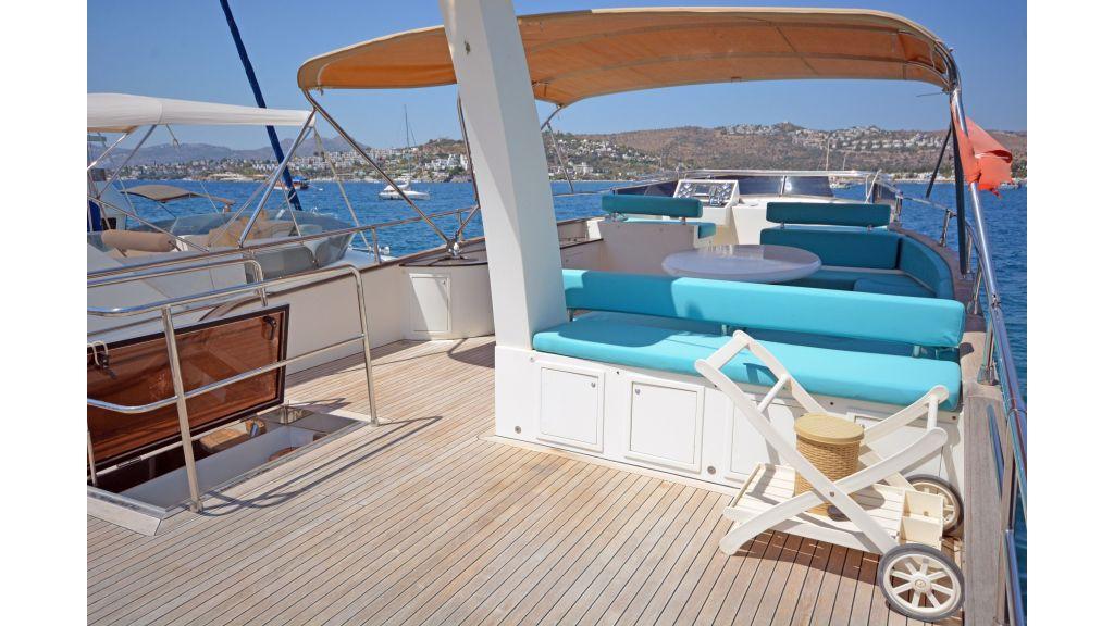 Pilothouse Trawler Motoryacht (44)