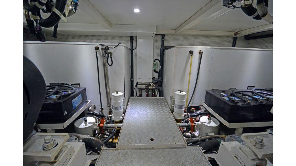 Pilothouse Trawler Motoryacht (51)