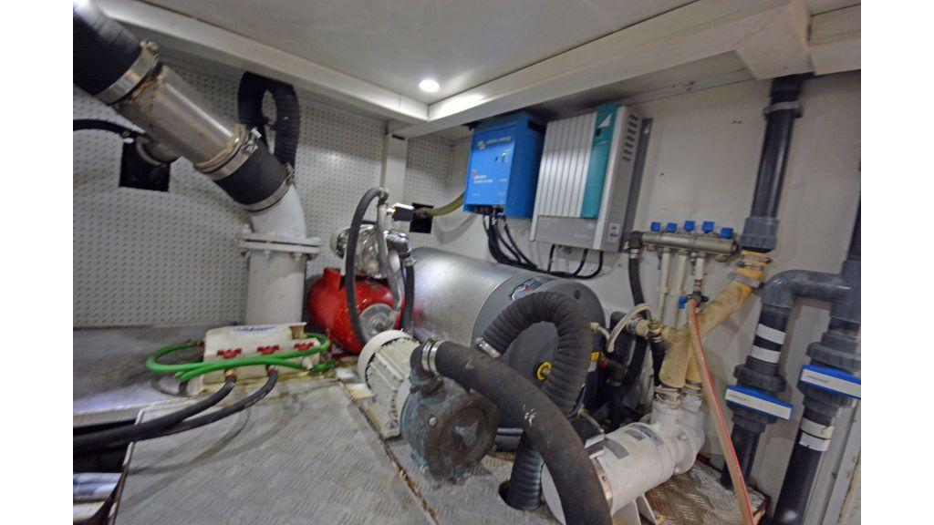 Pilothouse Trawler Motoryacht (56)