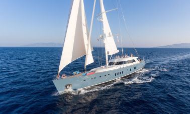 Sailing Yacht All About U (1)