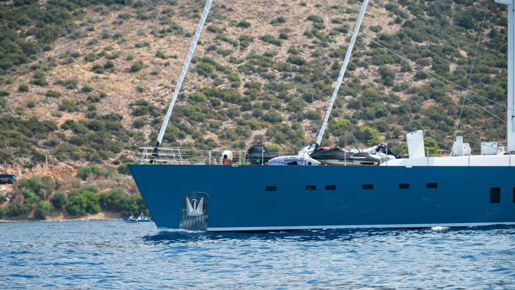 Sailing Yacht All About U (18)