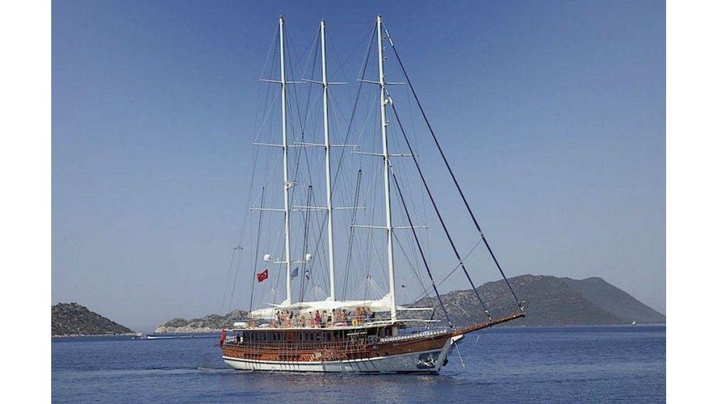 Admiral-Gulet-(1)
