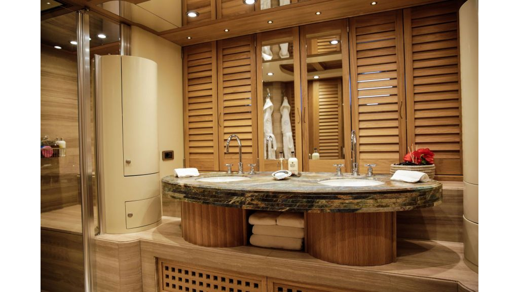 Zanziba luxuey sailing yacht (11)
