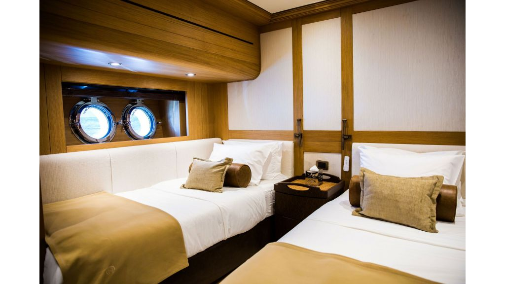 Zanziba luxuey sailing yacht (7)