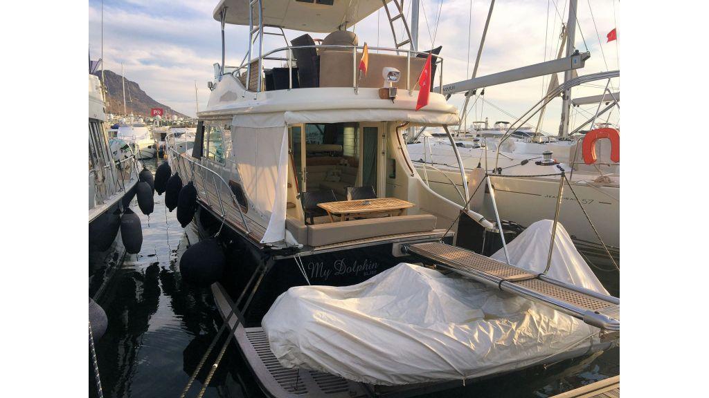 Custom Trawler (21)