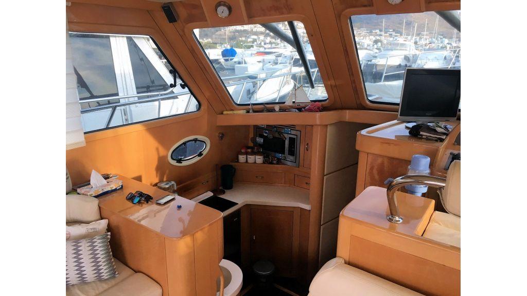 Custom Trawler (22)